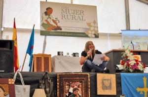 2011-04-17_Mujer-rural-Cardo